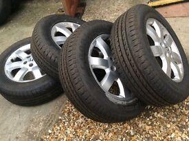Honda CRV wheels and (new) tyres x 4