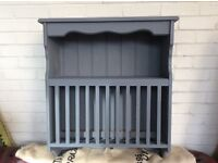 Grey clay painted plate rack