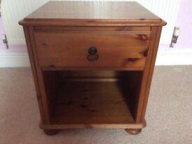 Wooden bedside cabinet/table
