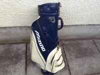 Mizuno large golf bag in used condition hence price