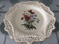 Royal creamware ltd edition poppies plate