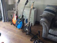 Hercules guitar rest