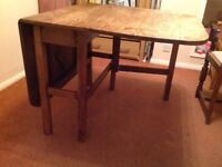 Solid wooden lead dining table & chairs