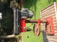 Pylon drill and various bits