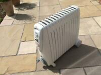 Delonghi Rapido 3KW Portable Oil Filled Electric Radiator with 24Hr Timer