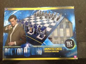 Doctor Who animated venticular chess set BNIB