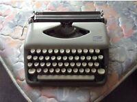 Typewriter - Adler Tippa 7 Good condition