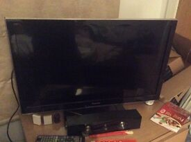 """32"""" panasonic viera led tv, full hd 1080p, hdmi, freeview hd, like new, quick sale available"""