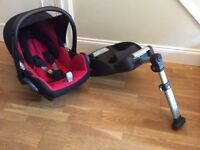 Maxi-Cosi Cabriofix car seat & EasyBase 2 (non-isofix)- both in Very Good condition
