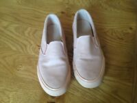 Women's pink casual shoes
