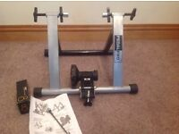 Bicycle trainer magnetic