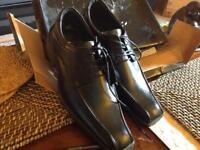 Mens shoes size 6