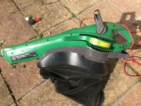 Garden vaccum and leaf shredder