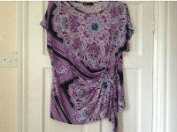 Lovely top size 16