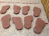 8 Ornamental feet slabs