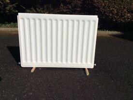 "Single panel cloakroom/small bedroom radiator - 740x530mm (29x21"")"