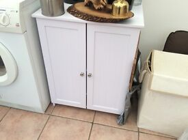 White storage cabinet for sale ring for details on07943327440