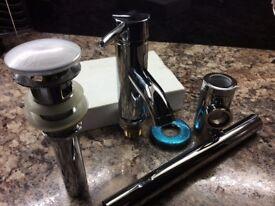Mono block mixer tap