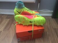 U.K. 5.5 used original Nike magista football sock boots
