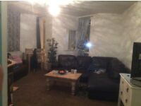 3 bed flat twickenham for 3/4 bed towards Hampshire but any where considered
