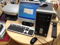 Compaq Presario Desktop Computer/PC With Monitor/Keyboard/Mouse & HP Printer