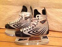Ice Skates Size UK 4 (Euro 37) CCM 2.0 Agility Hockey Style