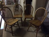 Pine table and 4 chairs in excellent condition