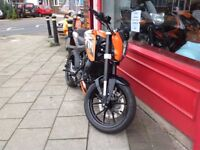 KTM Duke 125 Orange ABS model 2015