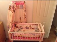 Baby swinging crib, excellent condition