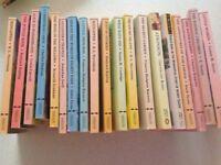 Children's classic books (19) books bundle