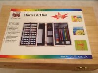 EXCELLENT CONDITION LIKE NEW 84 PIECE ART AND CRAFT SET