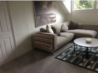 Large 3 Bedroom Apartment on the Edge of Roundhay Park, recently refurbished NO CHILDREN