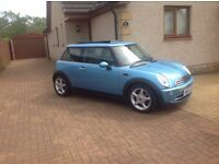 Mini Cooper Full MOT and Service History Twin Sun roof [ 2005 ]