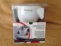 Small chocolate fondue set