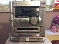 Compact cd multichanger