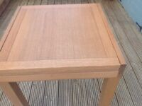 Oak table suitable for small hse