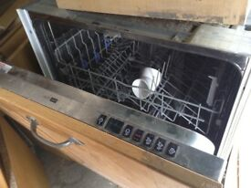 Bosch integrated dishwasher vg condition Reduced for quick sale can get delivered anywhere in the uk