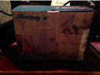 RUSSELLHOBBS JUICELADY juniorJUICER UNUSED IN BOX £10