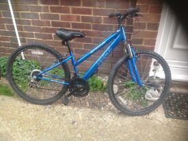 Ladies Mountain Bike front suspension 18 sp