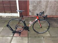 Cube agree 58cm Carbon road bike 105 groupset fulcrum wheelset