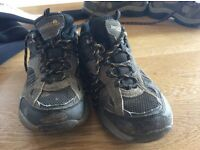 Kids childrens walking hiking boots shoes size 3