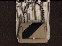 Auth Anya hindmarch Bathurst satchel in light grey with black strip