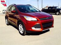 2014 Ford Escape SE AWD NAVIGATION 34,300Km