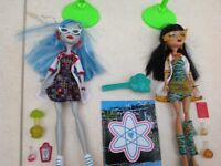 Ghoula Yelps and Cleo Denile Monster High dolls