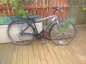 Apollo Belmont hybrid bicycle. Never used 18 speed Shimano gears, aluminium frame. Extras inc.