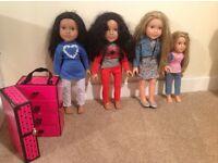"""4 Designa friends""dolls and wardrobe."