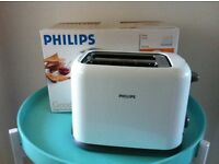 Philips toaster – white and chrome