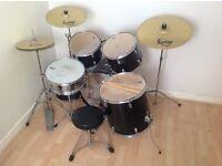 Full Drum Kit.
