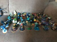 Skylanders figures bundle.