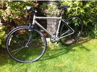 Specialized Bike Sirrus Elite Very Light Weight and in Fantastic Condition